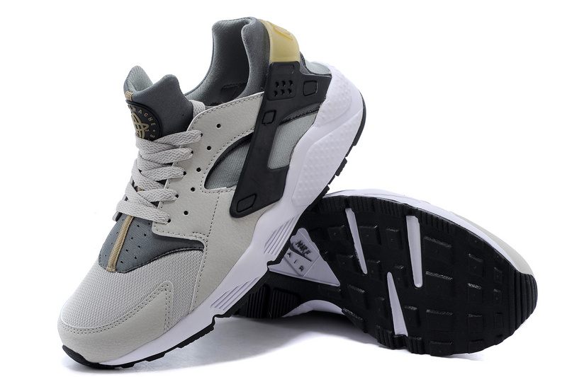 Nike Huarache Black And Gold